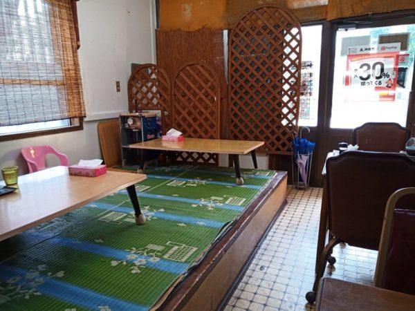 グランド食堂の座敷